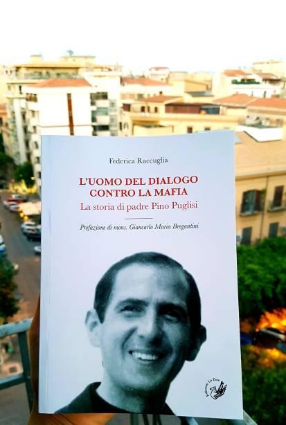 Copertina L'uomo del dialogo contro la mafia