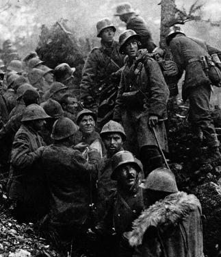 Soldati_tedeschi_e_prigionieri_italiani